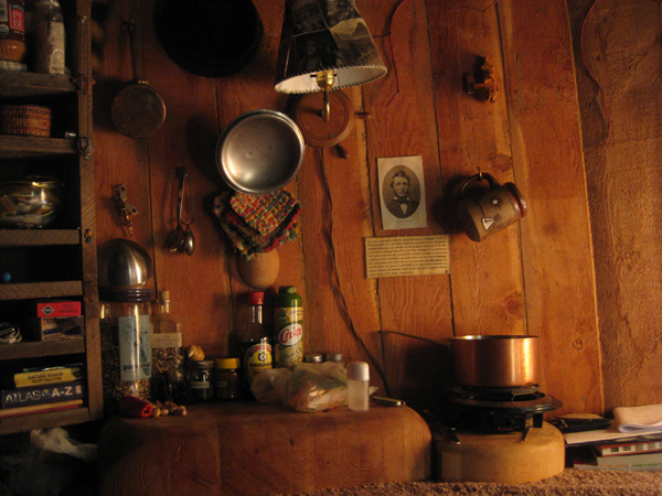 Hobbit hole kitchen